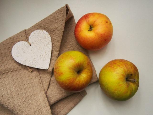 apples-923681_1920